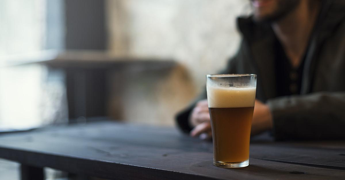Birra Amber Ale: caratteristiche, differenze e abbinamenti consigliati